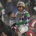 Photos: ヒラボクディープ「大野くんも笑うしかないよね」【150301中山11R中山記念】 #どろんこ競馬画像