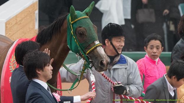 Photos: ヌーヴォレコルト「岩田さんなにキョトンとしてるのよ、もっと笑いなさいよ」【150301中山11R中山記念】