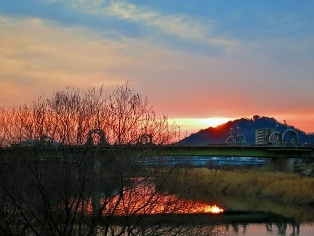 暁の鏡川.9