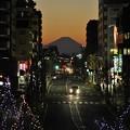 12月27日、富士見テラスから見た夕焼け富士山