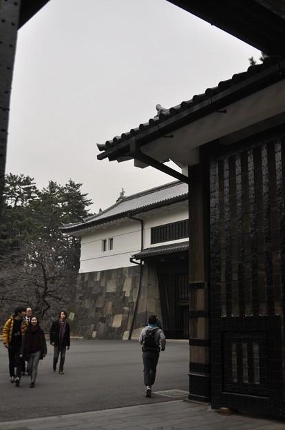 桜田門 (高麗門からみた渡櫓門)