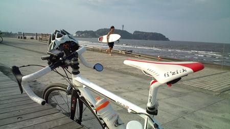 ソロリ~ソロリと自転車...