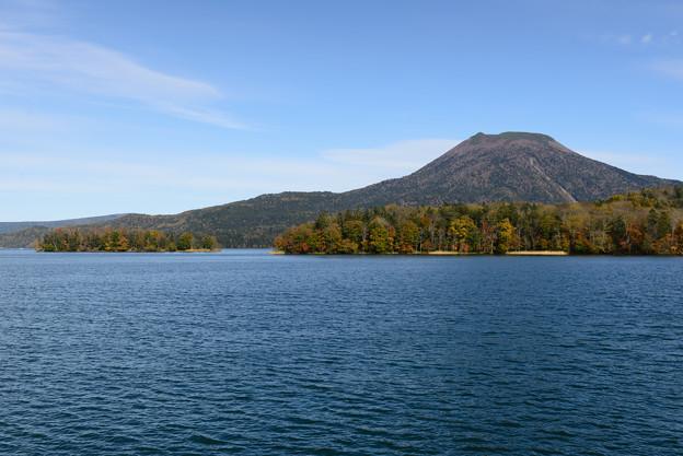 秋の阿寒湖