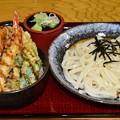 写真: 四季彩館ミニ天丼うどんセット