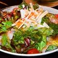 写真: 海鮮サラダ