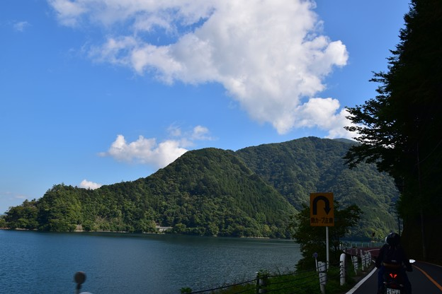 Photos: 奥多摩871号からの景色8