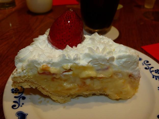 フルーツクリームケーキ