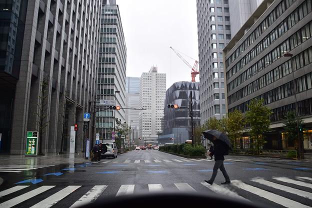 雨の東京駅周辺