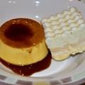 Photos: サイゼプリンとホワイトケーキ