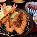 Photos: ロースカツ海老フライ定食