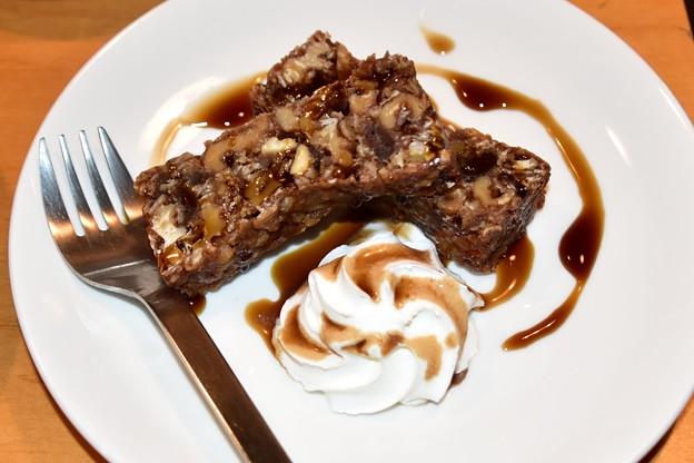 モモガルテン黒糖ケーキ