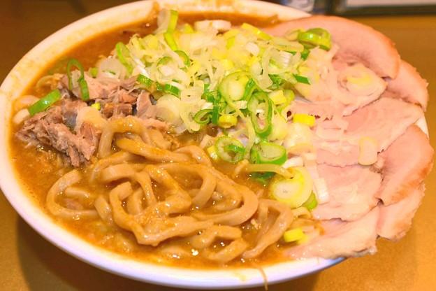 Photos: ごっつカレー極太麺チャーシュー