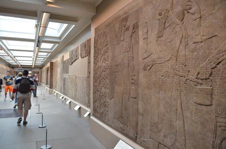 大英博物館、エジプト文明の壁たち