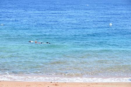 海はかなり綺麗。シュノーケルでもたくさんの魚が観られます