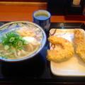 丸亀製麺:かけうどん と カボチャ・鶏肉の天ぷら