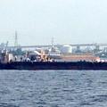 写真: 名古屋みなと祭 2013:海上に停留された花火打ち上げ船 - 4