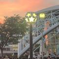 写真: 名古屋港ガーデンふ頭:ポートハウス前にある素敵な街灯