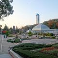 写真: 東山動植物園 No - 128:温室前のフラワーステージ