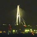 写真: 夜の名港中央大橋 - 2