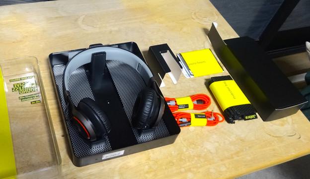 Jabra REVO Wireless No - 04:付属品一式