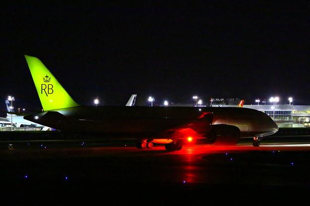 787-8 Royal Brunei_11.01.13_002