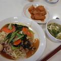 Photos: だいこんと手羽先の豆板醤煮・あんかけかた焼きそば・豆腐とザーサイのスープ