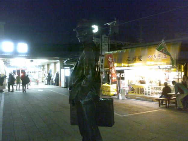 Photos: 寅さん銅像って、帝釈天とい...