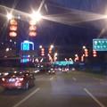 Photos: 中国の一般道(街灯がちょーちん)
