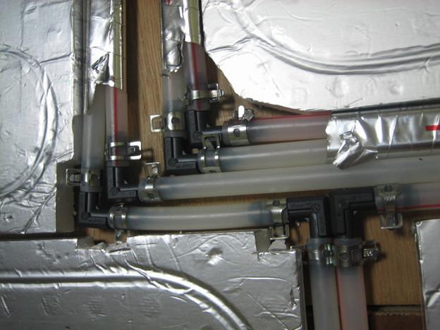 温水配管接続