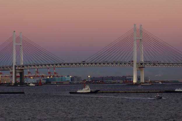Photos: 黄昏ベイブリッジ
