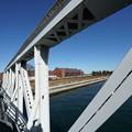 鉄橋と赤レンガ倉庫