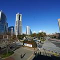 写真: 桜木町駅前