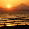 Photos: 夕暮れの湘南海岸