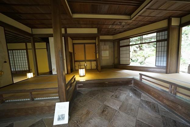 Photos: 聴秋閣室内