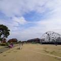 Photos: 赤レンガ倉庫への道