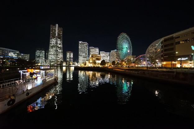 Photos: 夜のみなとみらい