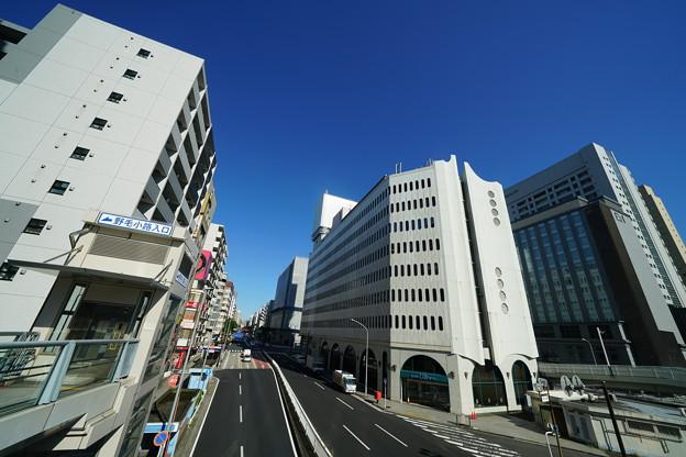 桜木町駅近辺のビル群