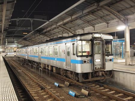 1000系 高徳線高松駅