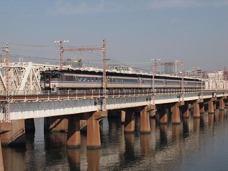 キハ181系特急はまかぜ (東海道本線上淀鉄橋)