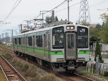 E127系普通 白新線早通駅