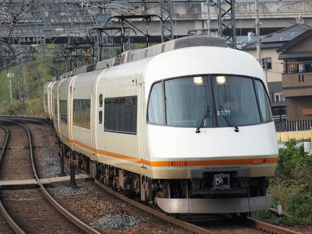 近鉄21000系名阪甲特急アーバンライナー 近鉄大阪線関屋~二上駅駅近S字カーブ