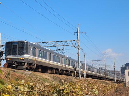 223系新快速 東海道本線高槻~摂津富田