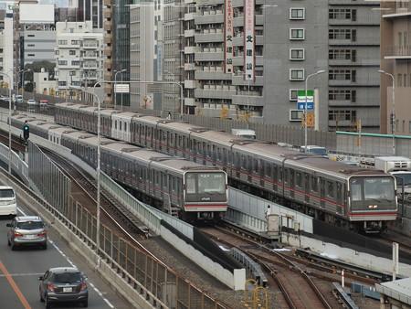大阪市営地下鉄新20系 御堂筋線東三国~新大阪 本線と留置線