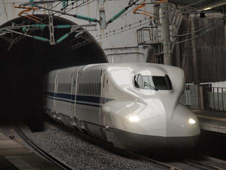 N700系のぞみ 山陽新幹線新神戸駅2