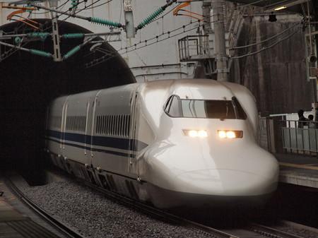700系ひかり 山陽新幹線新神戸駅2