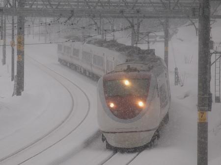 681系SRE編成特急はくたか 上越線大沢~上越国際スキー場