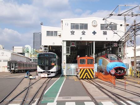 大阪市営地下鉄30000系と京阪13000系 そしてフリーゲージトレイン