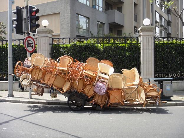 籐製品のリヤカー