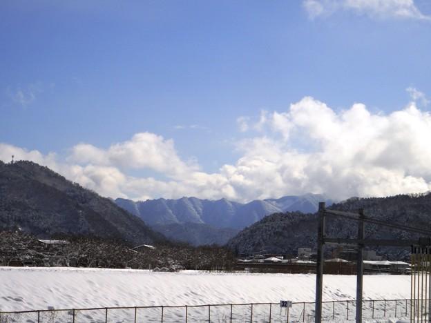 老家 雪景色 遠くに見える山 1-10