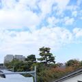 秋空の萩山駅